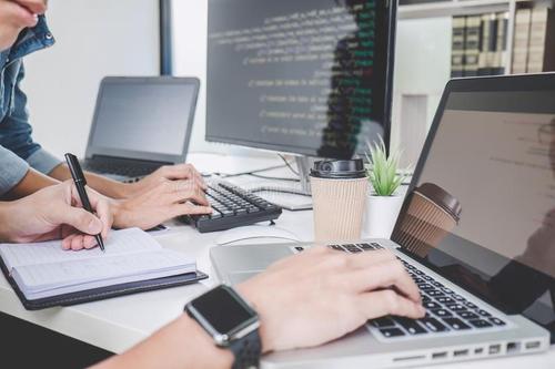 网站建设:一个普通的网站建设需要多长时间?